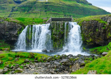 View of the Kirkjufellsfoss waterfalls, in the Snaefellsnes peninsula, west Iceland