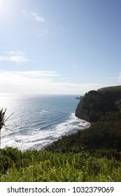 A view of Kohala Mountains meeting the Pacific Ocean at Pololu Valley, Kohala Coast, Hawaii, USA