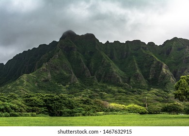 View of Kualoa Ridge Mountain in the windward side of Oahu, Hawaii