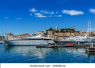 """View of Le Suquet (or Mont-Chevalier) - oldest district of Cannes, """"Old town"""", located on a hill west of bay, above the Port Le Vieux. Cote d'Azur, France."""