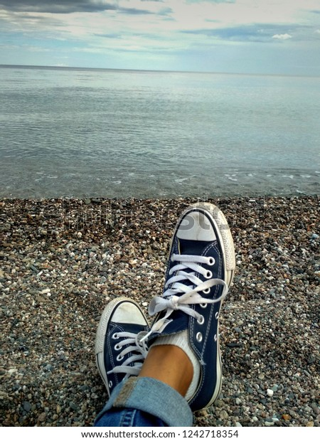 View Legs Girl Wearing Converse Canvas