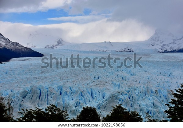 View of the length of Perito Moreno Glacier