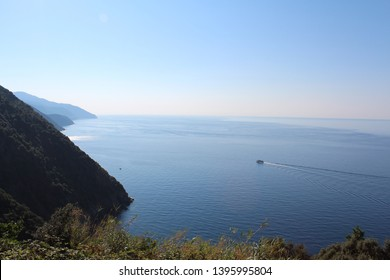 View of the Ligurian Sea from the coastal walk between Monterosso and Vernazza, Cinque Terre, Italy.