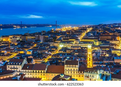 View from Lisboa old district by night