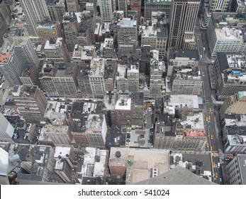 view looking down from Empire State Building