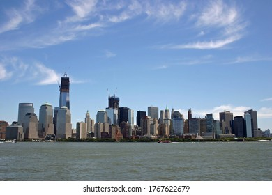 A view of lower Manhattan from across the Hudson River