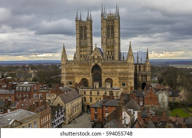 A view of the magnificent Lincoln Cathedral in the historic city of Lincoln, UK.
