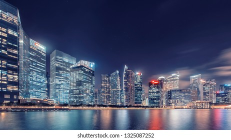 View of Marina Bay at dusk in Singapore City