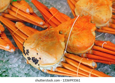 View of matsuba snow crab, a gourmet delight from the Sea of Japan for sale in Kinosaki Onsen, Japan