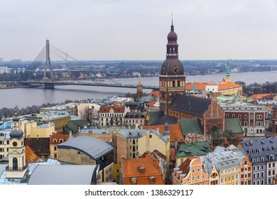The view at the medieval town of Riga and the bridge across the Daugava river