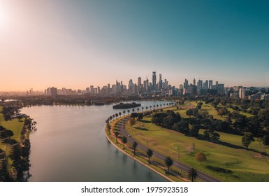 A view of Melbourne from Albert Park