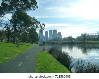 View of Melbourne by the Yarra river and the cyclism path.