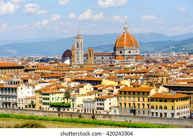 View from the Michelangelo square on the Historic Centre of Florence, Italy.  UNESCO World Heriage.