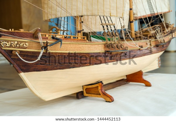 view-model-twomasted-sailboat-side-600w-