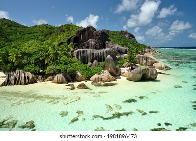View of the most beautiful beach in Seychelles. Anse Source d'Argent, La Digue, Seychelles