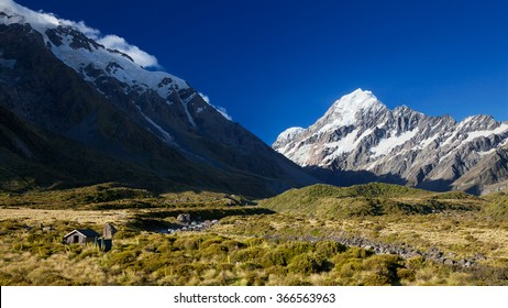View of Mount Cook from Hooker Valley, South Island, New Zealand