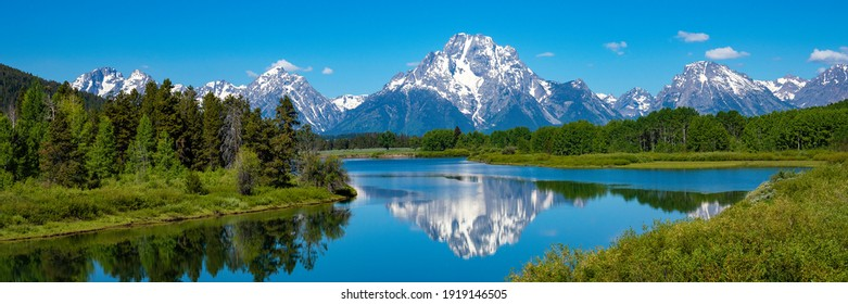 View of Mount Moran in Grand Teton National Park from oxbow bend