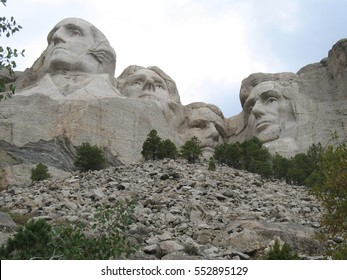 view of Mount Rushmore, presidents sculpture carved in the Black Hills, american national park in South Dakota