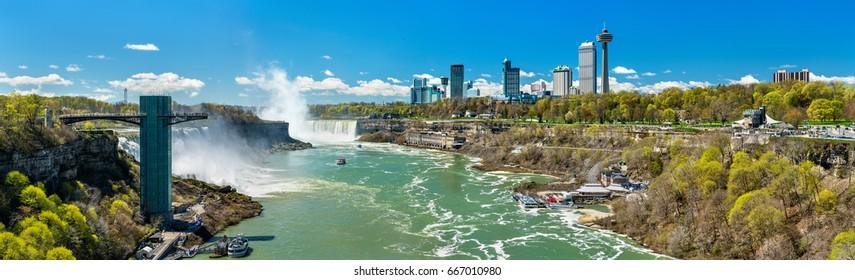View of Niagara Falls from the Rainbow Bridge, the border between USA and Canada