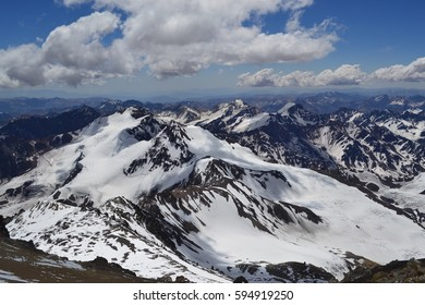 View of the north face of the Aconcagua, the largest mountain in the world outside Asia (Near the Field of Cholera, about 6 thousand meters).