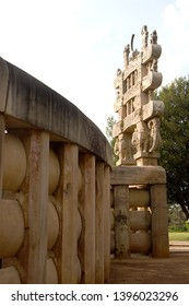View of North Gateway and outer wall of Stupa1 at Sanchi near Bhopal, Madhya Pradesh, India, Asia