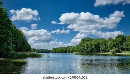 "View from the northern shore to Berlin ""Grunewaldsee"" (""Lake Grunewald"")"
