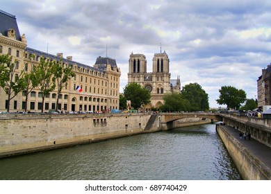 View of Notre Dame de Paris from the Seine