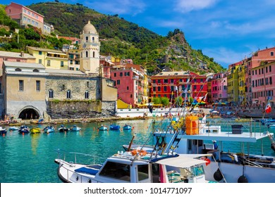 View of the old Vernazza village, Cinque Terre, Italy
