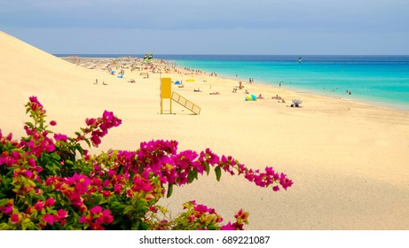 View on the beach Playa de Matorral in Morro Jable on the Canary island Fuerteventura, Spain.