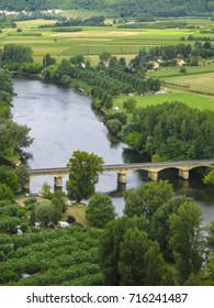 View on the Dordogne river from Domme, Sarlat-la-Caneda, Dordogne, Aquitaine, France