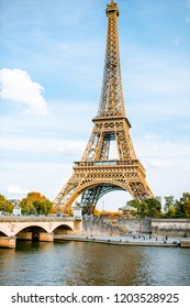 View on the Eiffel tower on Seine river during the daylight in Paris