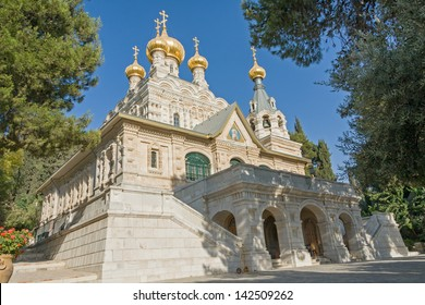 View on Mary Magdalene�s cathedral of Russian Orthodox Gethsemane convent  among trees on mountain slope. Jerusalem, Israel.