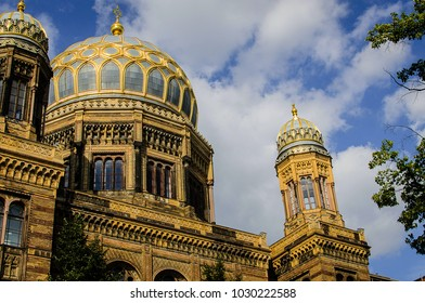 View on the New Synagogue, Berlin