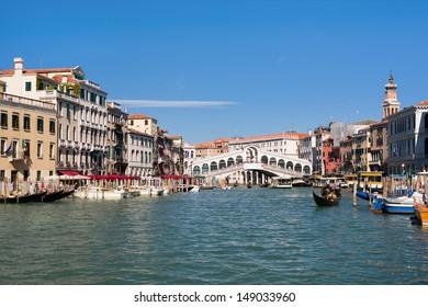 View on the Rialto Bridge in Venice