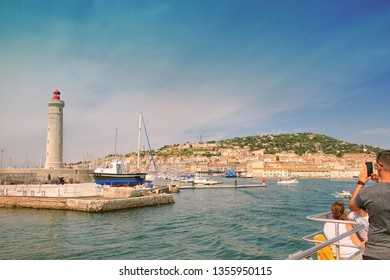 View on Sete with  Lighthouse of the Saint-Louis mole ( built in 1666) , Sete, Languedoc-Roussillon, France