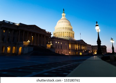 View on the US Capitol building on dusk
