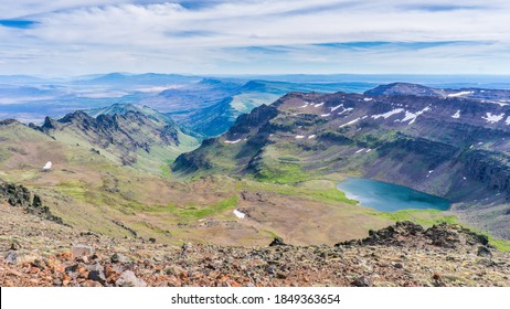 View on Wildehorse Lake from the top of the Steens Mountain, in the backgroudn you can guess the Alvord Desert