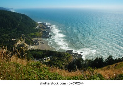 A view of the Oregon coast from the top of Cape Perpetua