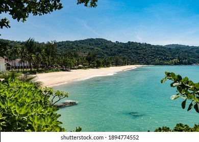 A view over an almost empty Kata Noi beach from the southern end of the beach.