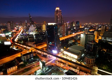 View over the city of Bangkok at twilight