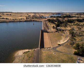 Dam Wall Australia Images, Stock Photos & Vectors | Shutterstock