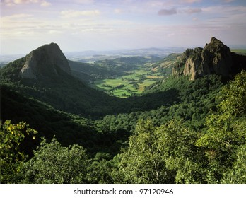 a view over the vallee du falgoux in the parc naturel regional des volcans d'auvergne in the french massif central, cantal, auvergne, france, europe -
