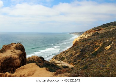 A view of the Pacific Ocean, Torrey Pines State Natural Reserve, San Diego, California, USA