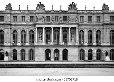 A view of the Palace of Versailles, France