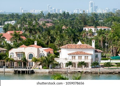 The view of Palm Island residential district with Miami Beach skyline in a background (Florida).