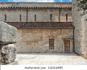 View of a part of the central nave of the Pieve of San Giorgio di Valpolicella, municipality of Sant'Ambrogio di Valpolicella, in the province of Verona. italy