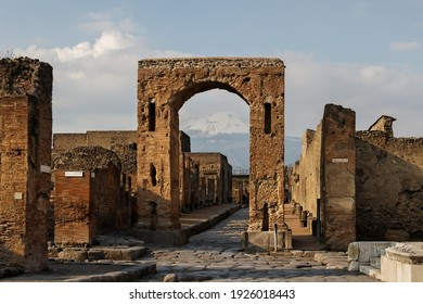 View to the Pompeii ruins.
