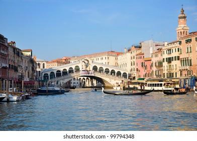 A view of Ponte di Rialto from Canal Grande - Venezia - Italy