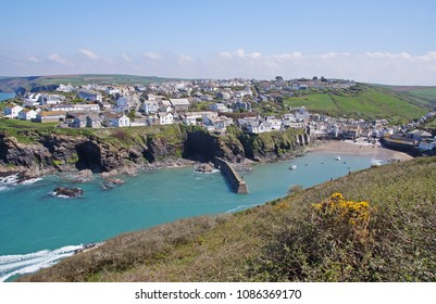 View to Port Isaac, which is a small and picturesque fishing village on the Atlantic coast of north Cornwall, England