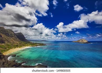 View of Rabbit Island and Makapu'u Beach Park from Makapu'u Point on the Hawaiian island of Oahu